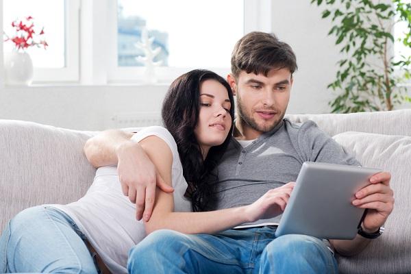 اطمینان جنسی در بین همسران چگونه بوجود می آید ؟